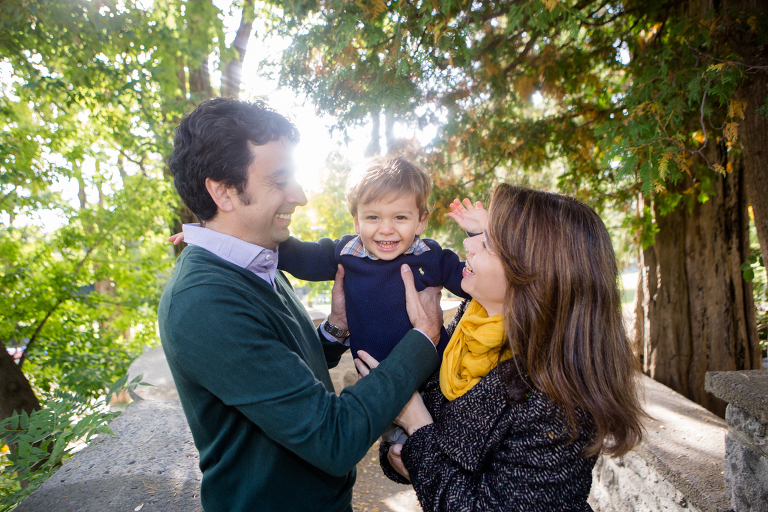 lifestyle family shoot in the park