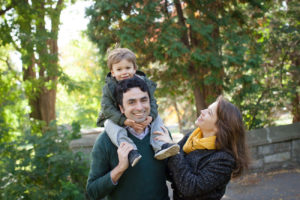 Outdoor family photo session in Westmount