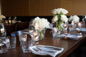 White flower centrepiece for wedding